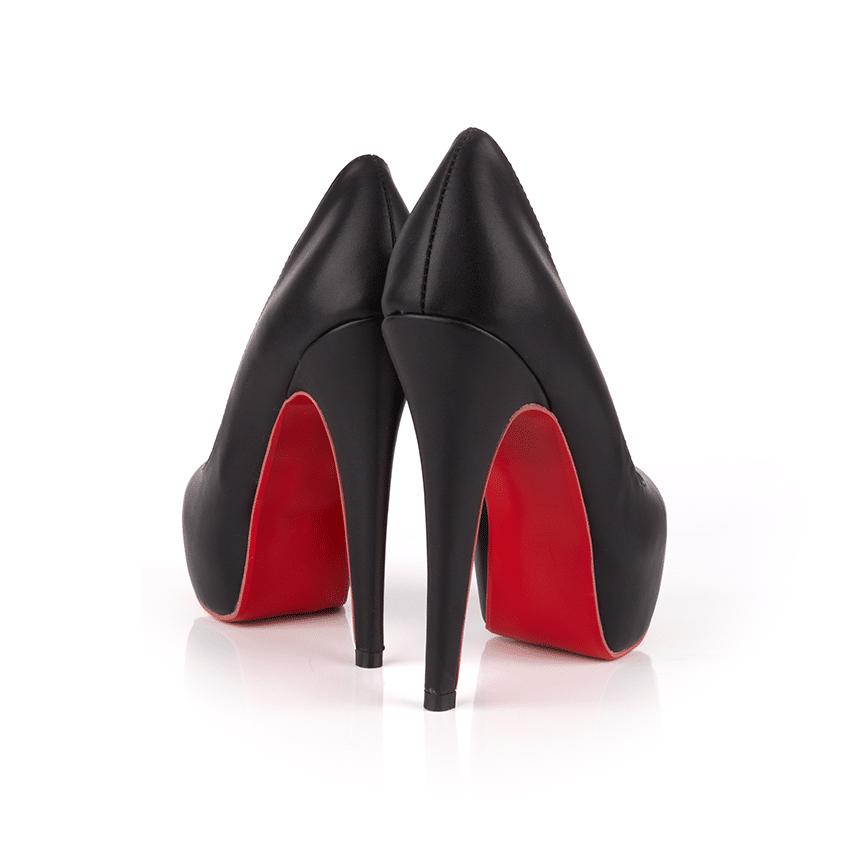 high-heeled-PPBCBWX.jpg